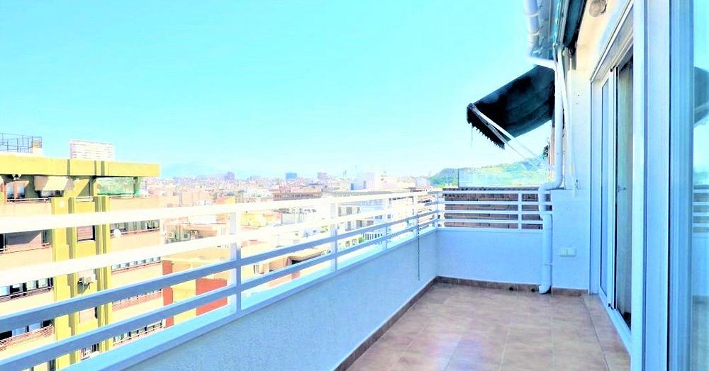 Terraza en Alicante con grandes vistas